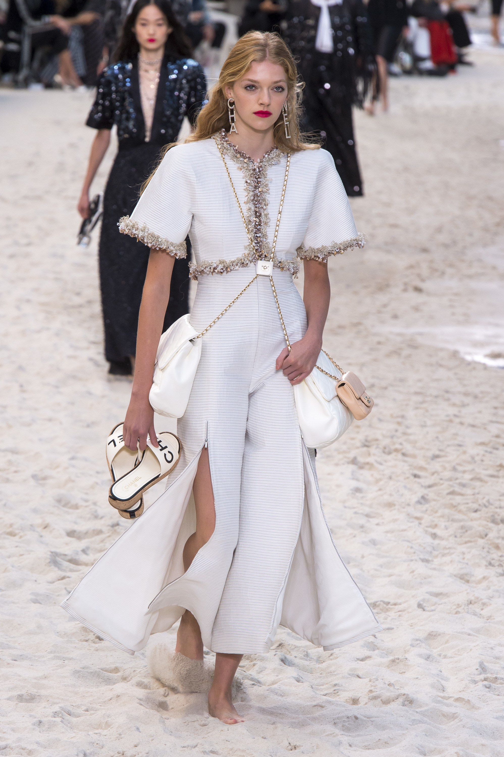 Fresh Off The Runway Chanel Spring 2019 Rtw Getting Gorjess